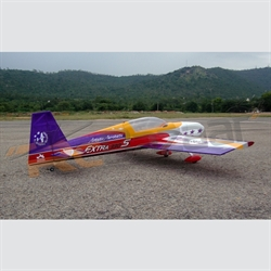 Extra 330S (all balsa) with free fuel tank